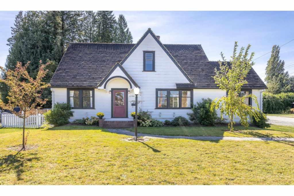 22106 DEWDNEY TRUNK ROAD, Maple Ridge