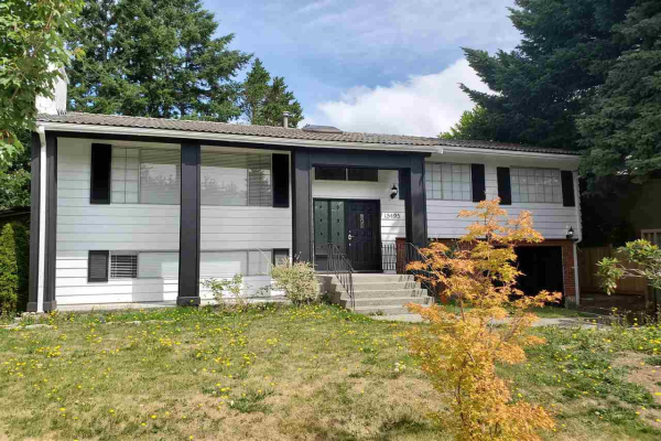 15495 OXENHAM AVENUE, White Rock