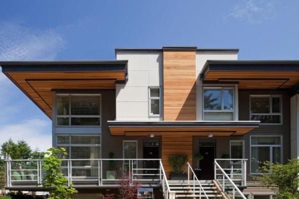217 735 W 15TH STREET, North Vancouver