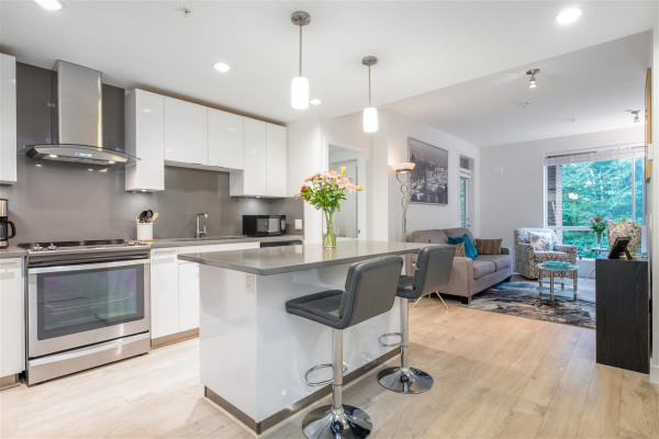 429 723 W 3RD STREET, North Vancouver