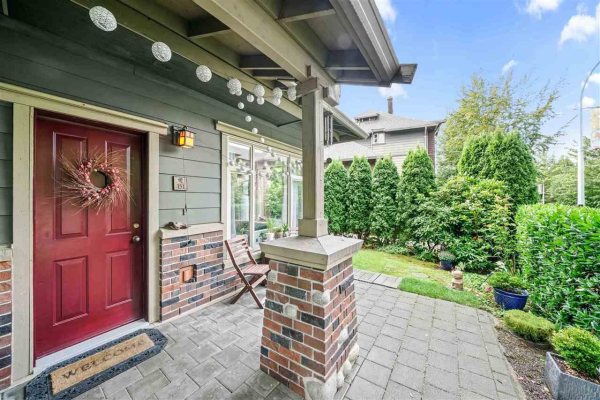 131 600 PARK CRESCENT, New Westminster