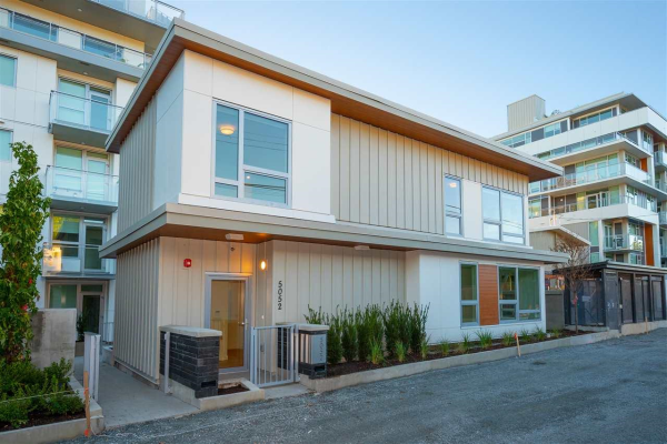 5052 CAMBIE STREET, Vancouver