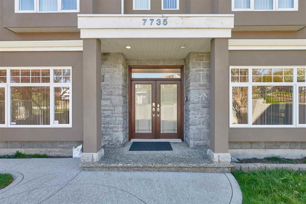 7735 THORNHILL DRIVE, Vancouver
