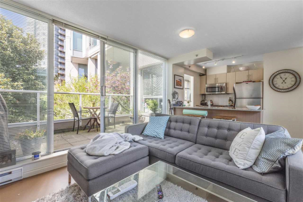255 35 KEEFER PLACE, Vancouver
