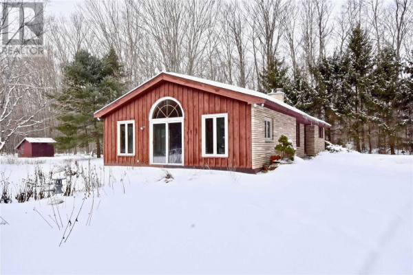 1172 OLD SECOND RD S, Springwater