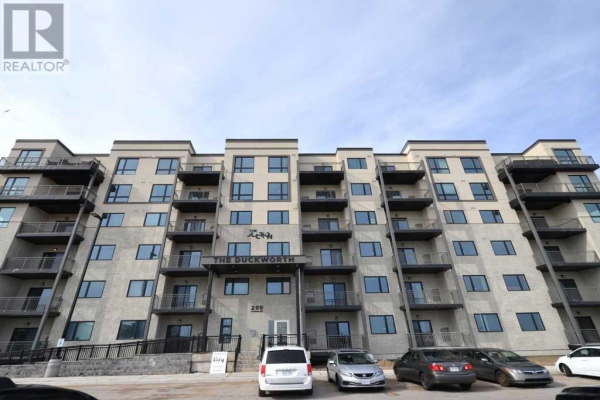 #102 -299 CUNDLES RD E, Barrie