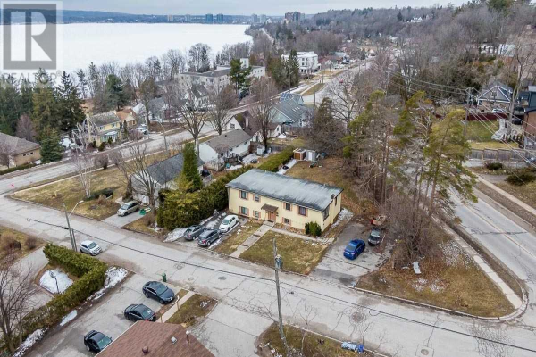 36 PUGET ST, Barrie