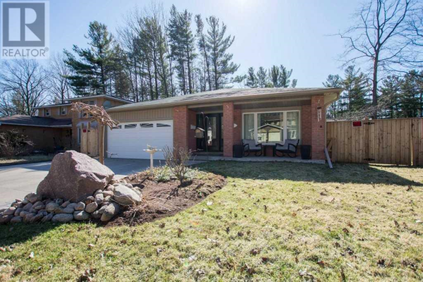 181 BROWNING TR, Barrie