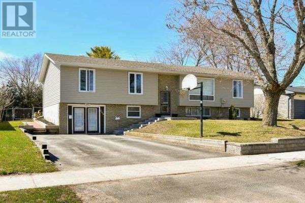 288 PINE DR, Barrie