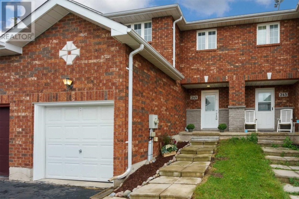 245 STANLEY ST, Barrie