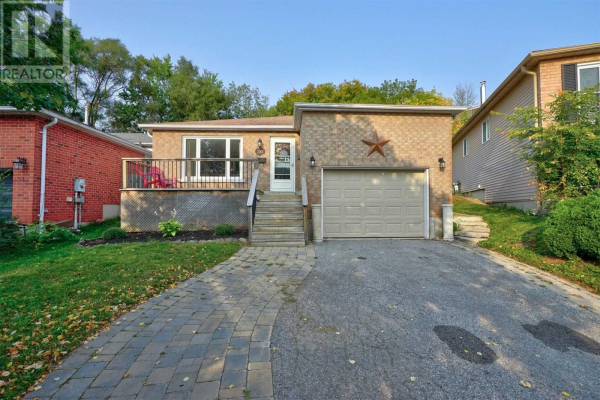 36 ENGEL CRES, Barrie