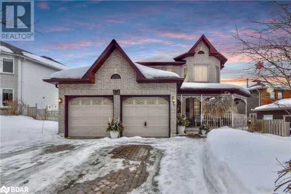 114 BROWNING TR, Barrie
