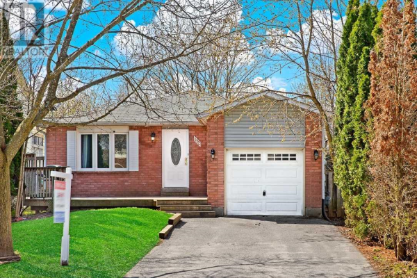 172 HICKLING TR, Barrie
