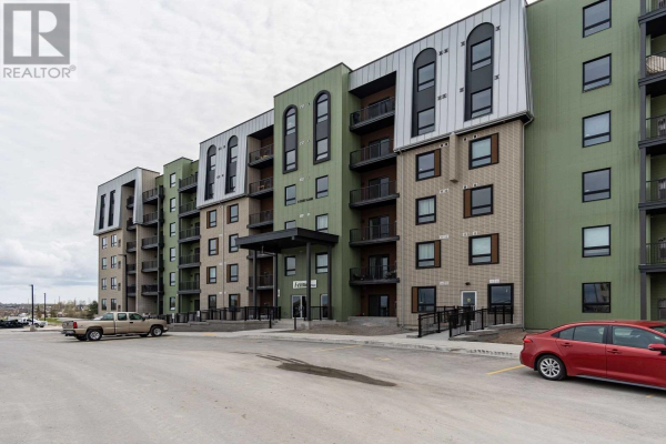 #405 -5 CHEF LANE, Barrie