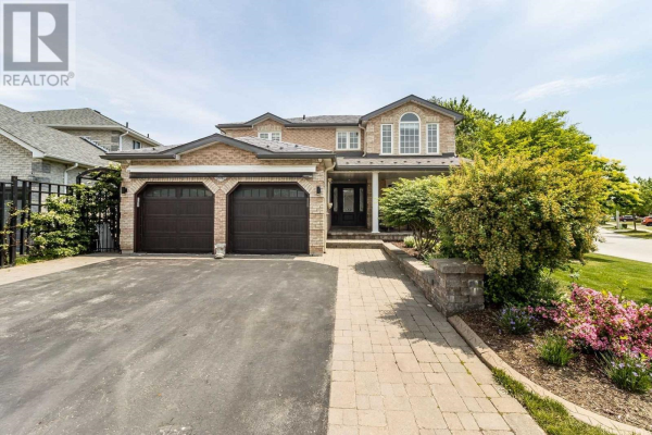 102 GRACE CRES, Barrie