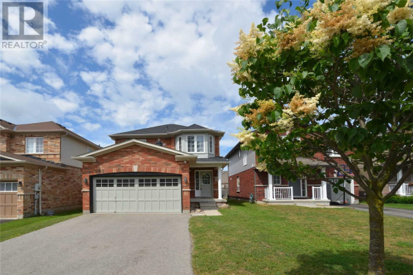 85 WHITE CRES, Barrie