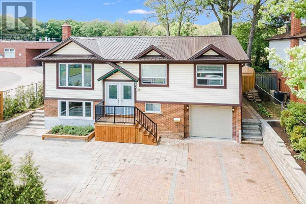70 CUNDLES RD E, Barrie