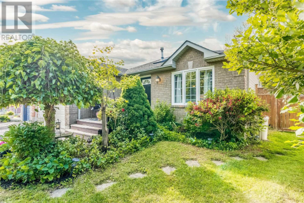 25 WHITEHORN CRES, Barrie