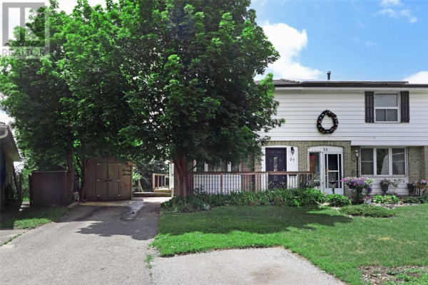 27 DAPHNE CRES, Barrie