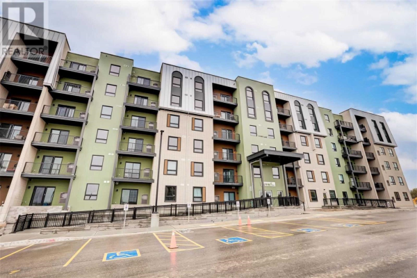 #503 -5 CHEF LANE, Barrie