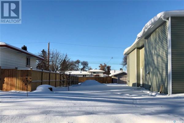 223 X AVE N, Saskatoon