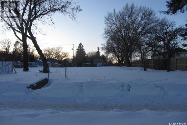 315 P AVE S, Saskatoon