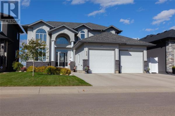 818 Ledingham CRES, Saskatoon