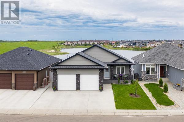 834 Pringle CV, Saskatoon