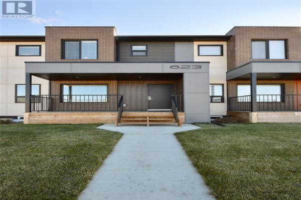 703 Evergreen BLVD, Saskatoon