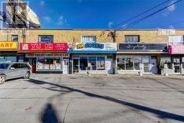 3257 DUFFERIN ST, Toronto