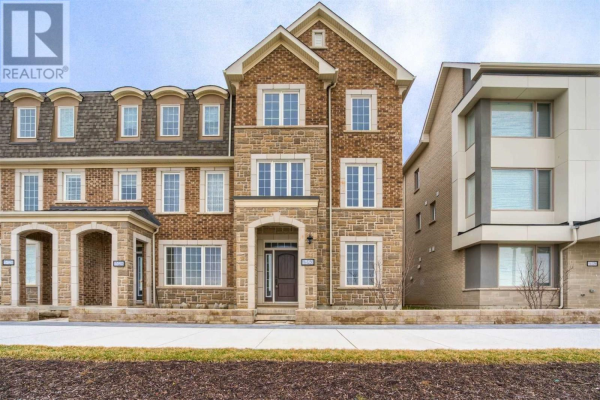 #16 -3256 CHARLES FAY PASS DR, Oakville