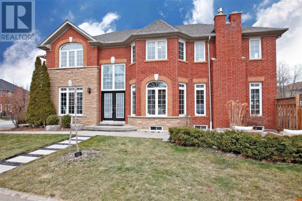 5176 FERNBROOK CRT, Burlington