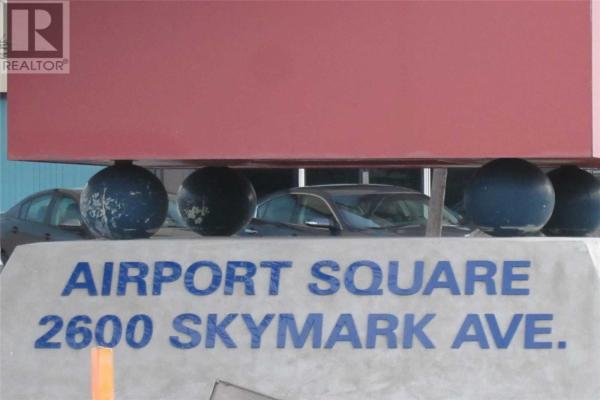 #7-104 -2600 SKYMARK AVE, Mississauga