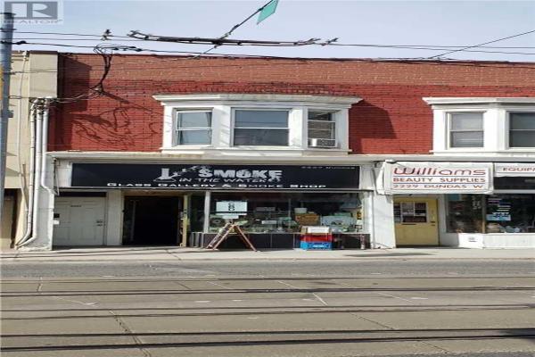 2227 DUNDAS ST W, Toronto