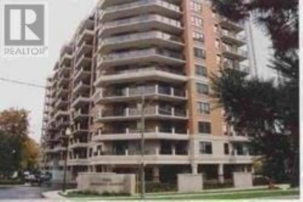 #902 -2 ABERFOYLE CRES, Toronto