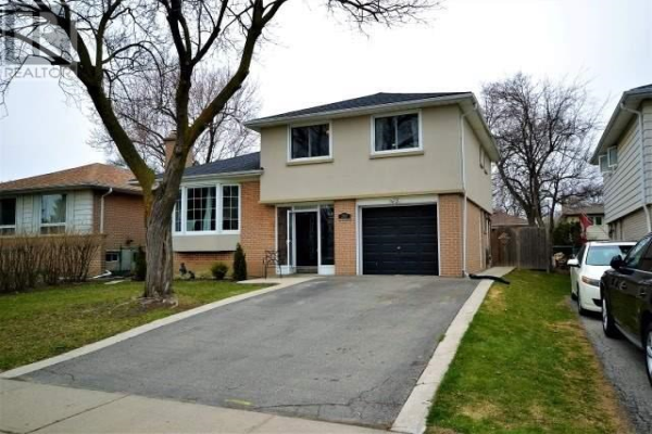 208 BARTLEY BULL PKWY, Brampton