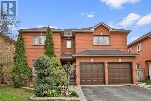 218 RIVER GLEN BLVD, Oakville