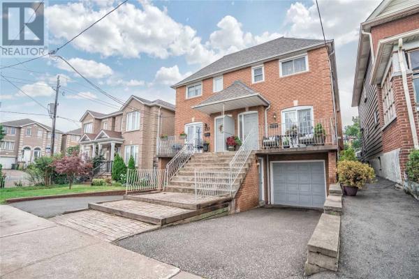 637 CALEDONIA RD, Toronto