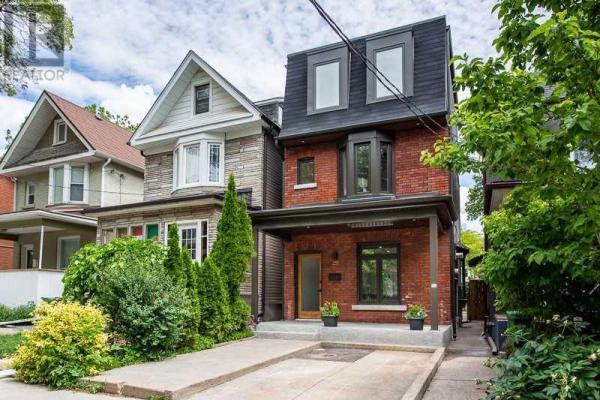 233 BARTLETT AVE, Toronto