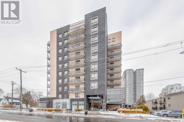 #1001 -8 HICKORY ST W, Waterloo