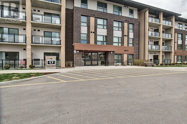 #202 -17 KAY CRES, Guelph