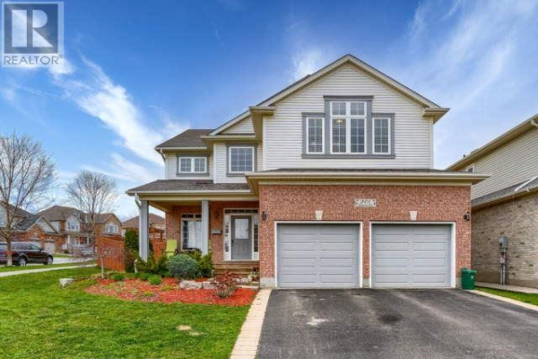 201 RIDGEMERE CRT, Kitchener