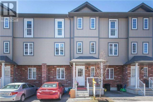 #9 -55 MOOREGATE CRES, Kitchener
