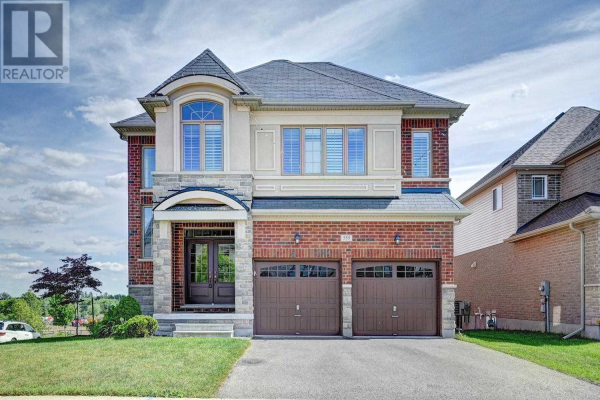 555 WASAGA CRES, Waterloo