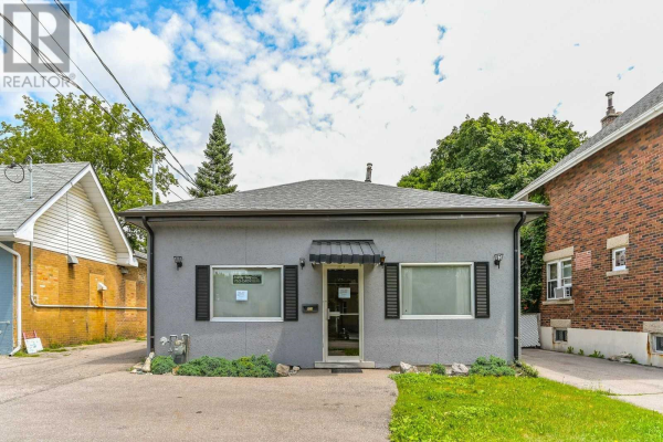 531 WOOLWICH ST, Guelph