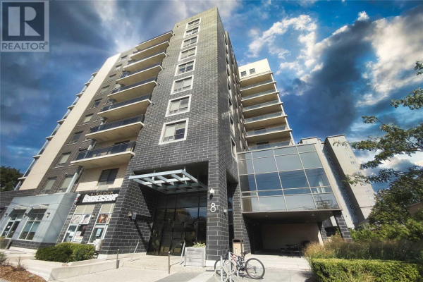 #703 -8 HICKORY ST W, Waterloo