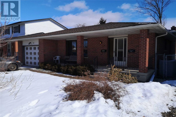 12 ORCHARD MILL CRES, Kitchener