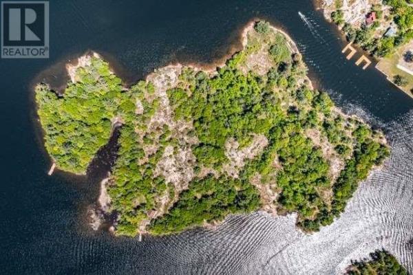 2 ROYAL ISLAND 810, Georgian Bay