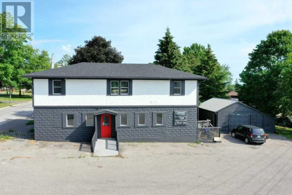 8642 LANDER RD, Hamilton Township