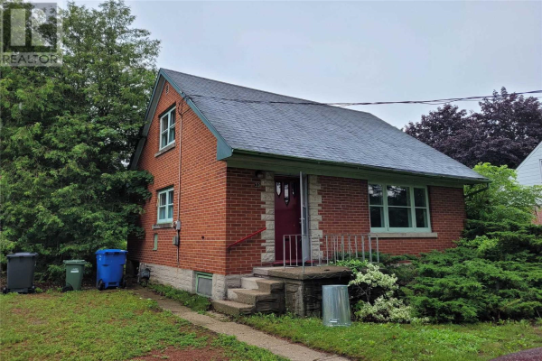 33 VANCOUVER DR, Guelph
